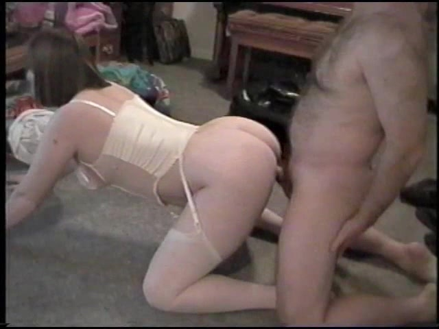 Amateur couples fucking doggystyle