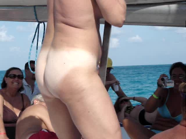 threesomes in cancun