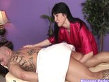 Rayveness Special Massage p. 1/4