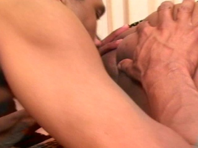 Youporn selfsuck Shemale Video