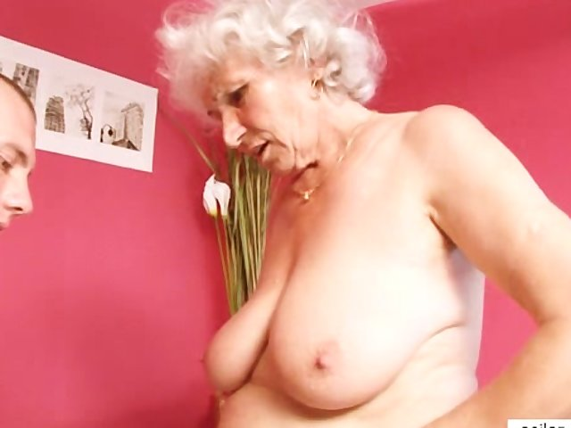 Porno Video of Cougar Granny Fucks Young Dick