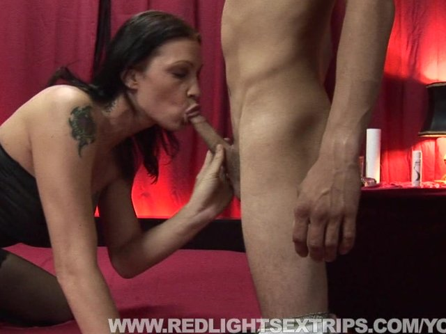 perfect nubile hottie gets some fat cock in her pussy