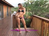 Amateur hardbody Victoria enters Beach House XXX