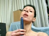 Shorthair skinny girl with shaved pussy