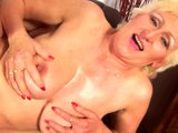 Mature big tit Janka