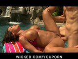 BIG TIT MATURE MILF PORNSTAR LISA ANN SEDUCE COCK 