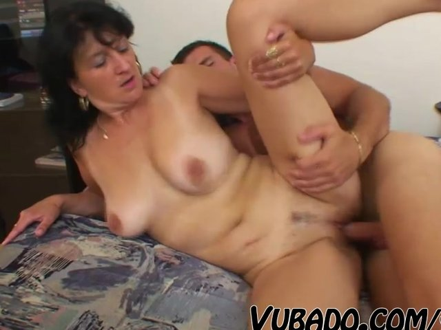 Mature Woman Young Boy Porn Videos Pornhubcom