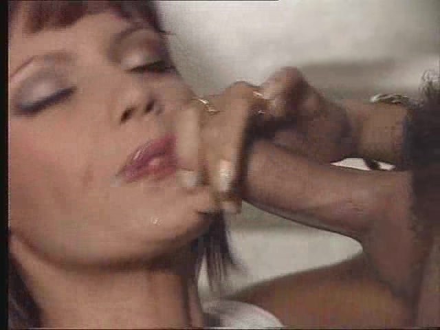 Anita blonde blows a friendly snake 6