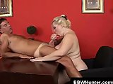 Cock Sucking Plumper Bunny Gets Fucked