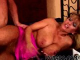 HORNY MATURE COUPLE SEX AT HOME !!