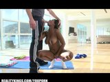 Flexible Ebony yoga master bounces her round ass on big-dick