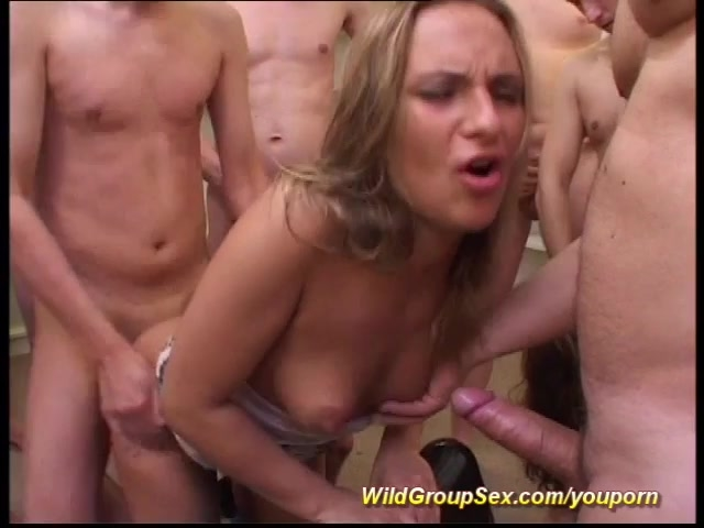 Amateur mature mature gets crazy and laid 4