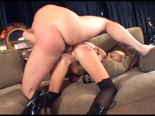 Women and nylon stockings - YouTube