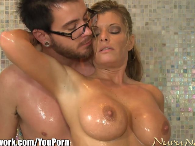 Lady sonia fucking male cock mpeg