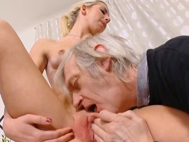 Cumshot inside mouth compilation analmal