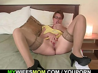 YouPorn - He helps his mother-in...