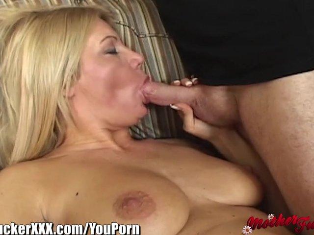 Attractive milf group weiner anal