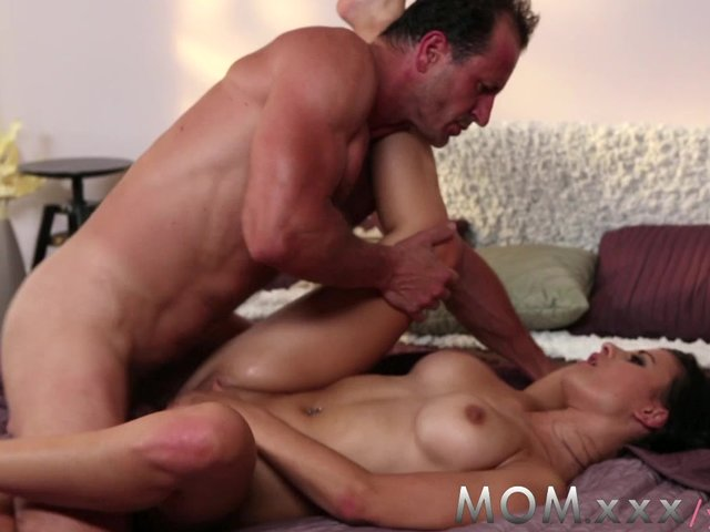 Mom brunette loves having men pay special 2
