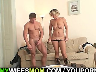 Mature Granny Wife vid: Wife finds him fucking mother-in-law