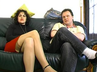 Doggystyle vid: French Mom Tries Anal - Telsev