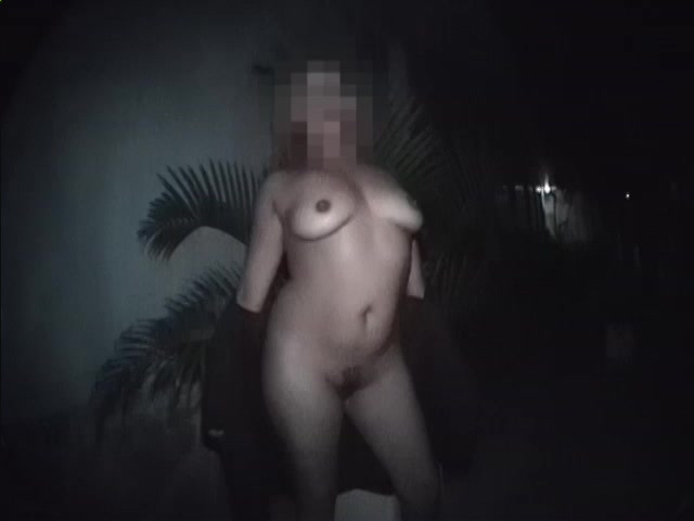 Blurred face but nice tits - Telsev