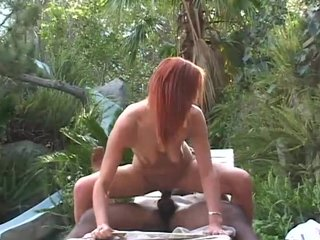 Buttfucking Ridingcock video: White booty takes BBC in the back yard - Pandemonium