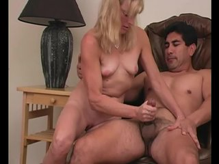 Mommy Jerkoff video: Experienced handjob - Train Wreck