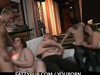 Group Sex,Big Boobs,Bbw,Big Tits,Chubby,Party,Plump,Chunky,Pub,Huge Tits