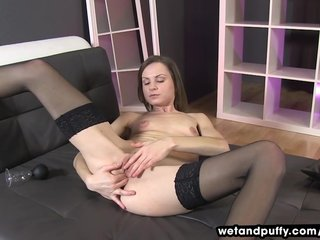 Babes Toys Solo vid: Xara Uses A Pump On Her Labia