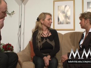 Porno video: MMV Films Blonde Busty German Mature