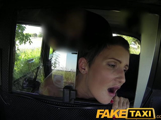 deepthroat en sex i london taxi