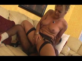 Milf and cookies - Scene 4 - Candy Shop