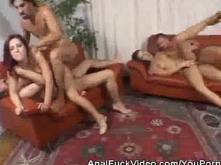 Hardcore Foursome Groupsex video: Analed Babes In A Groupsex