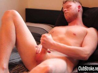 Redheads Gay Redhead video: Amateur Straight Guy Cooper Masturbating