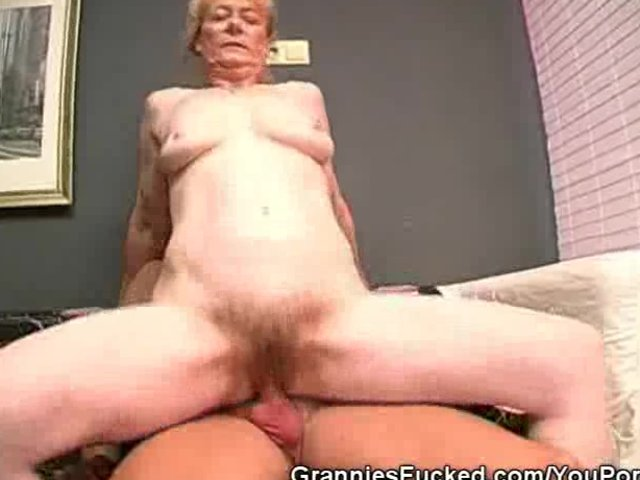 Mature Granny Fucking video: Hairy Pussy Granny Rides That Pole