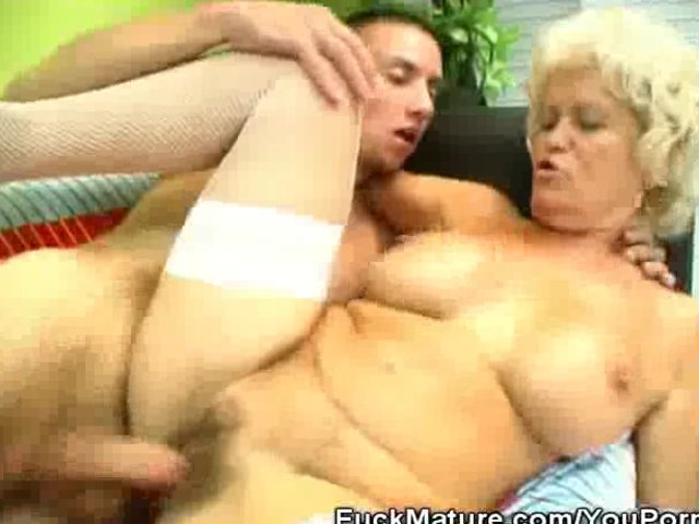 Blonde Mature Babe Fucked And Jizzed On