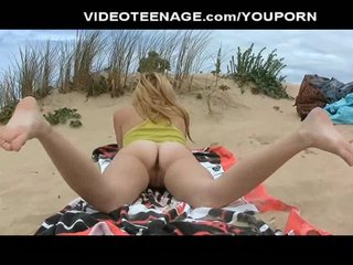 Porno video: real teen nude at beach
