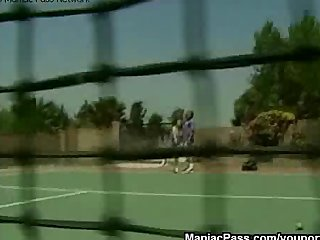 Blonde Outdoor Facial video: Tennis court teeny fucking