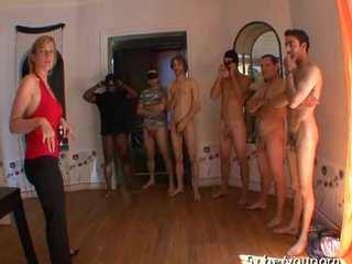 Gangbang,Amateur,French,Stockings,Blonde,Blowjob,Mature,Groupsex,Nylon,Lady