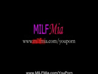 Masturbation Squirting Milf video: Real Backseat MILF Squirter