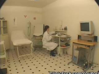 Blowjobs Cock Sucking Fucking video: Female Doctor Sucks On His Patients Cock