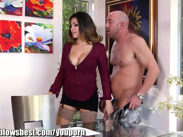 Mommybb busty mommy online placing a dirty a ad on kraig - 2 part 2